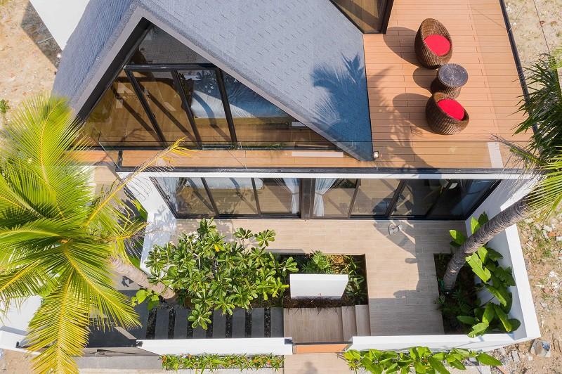 Độc lạ ngôi nhà thép áp mái ở Sơn Trà - ảnh 3